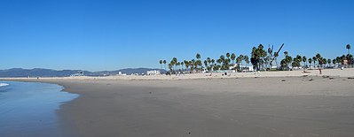 Panorama van Venice Beach vanaf de Stille Oceaan.