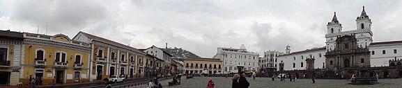 Plaza San Francisco ( Kerk en klooster van St. Franciscus ) in het historisch centrum van Quito.