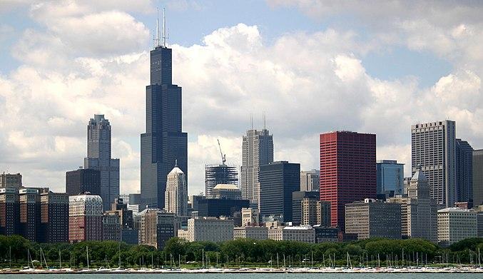 Chicago, Illinois, ist die größte Stadt im Mittleren Westen und die drittgrößte Stadt im ganzen Land.
