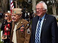Sanders na průvodu ke Dni památky obětí v San Franciscu, červen 2016