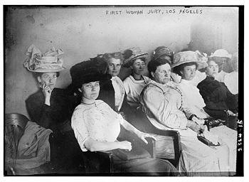 Pierwsza kobieta przysięgła, Los Angeles, 1911