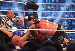 Der Leichenbestatter sperrt Brock Lesnar in die Pforte der Hölle