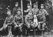 Hitler met andere Duitse soldaten in de Eerste Wereldoorlog