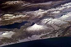Questa fotografia astronauta illustra alcuni dei vulcani della penisola russa di Kamchatka