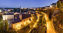 Die Altstadt von Luxemburg bei Nacht