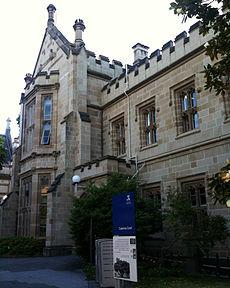 Cussonia Court, de thuisbasis van de Scholen voor Klassiekers en Filosofie.