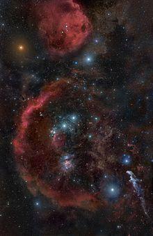 Imagem mostrando Betelgeuse (canto superior esquerdo) e as nebulosas densas do Complexo de Nuvens Moleculares de Orion ( Rogelio Bernal Andreo )