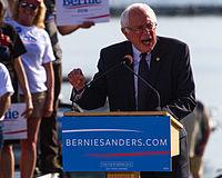 Sanders na zahájení prezidentské kampaně v Burlingtonu, Vermont, květen 2015.