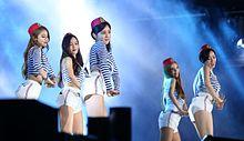 T-ara op het Zomer K-Pop Festival in 2015
