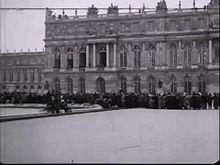Media afspelen De ondertekening van het vredesverdrag van Versailles