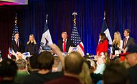 De Trump-familie op een campagnerally in Des Moines, Iowa, februari 2016