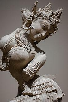 Een 12e-eeuws zandstenen beeld van een Apsara uit Uttar Pradesh